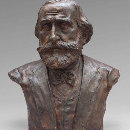 OGGETTISTICA Sculpture en terre cuite de Giuseppe Verdih .Cm.55