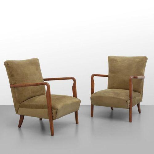 """Cassina CASSINA (OFFICE TECHNIQUE)Deux fauteuils """"401"""" fin des années 40. Pieds …"""