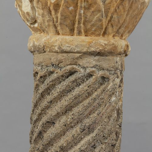 OGGETTISTICA Romanesque column in Latium peperino from the end of XIII century h…