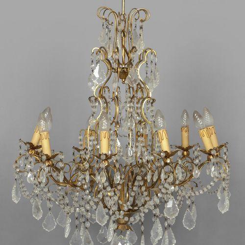 OGGETTISTICA Lampadario in bronzo dorato e cristalli a dieci luci diam. Cm.90 x …
