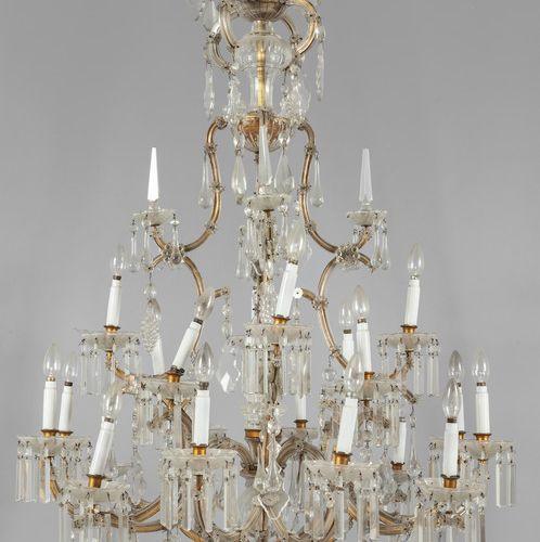 OGGETTISTICA Grande lampadario in cristallo a venti luci sec.XIX diam.Cm.120xh.1…