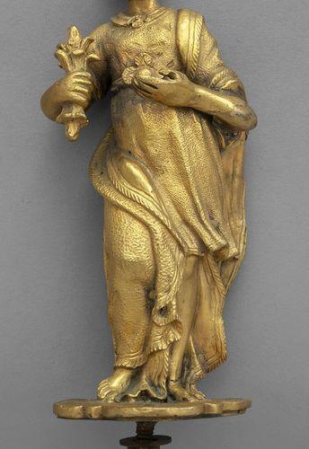 OGGETTISTICA Sculpture vestale en bronze doré XVIIIe siècle h.Cm.13