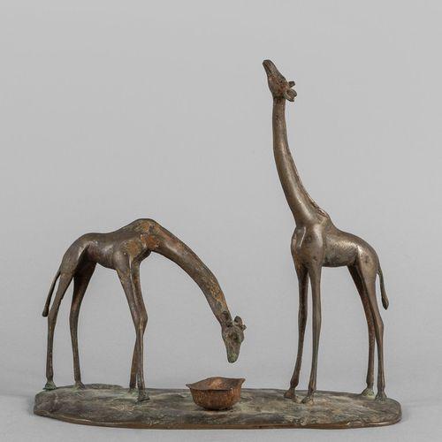 OGGETTISTICA Deux girafes en train de boire sculpture en métal début XXème siècl…
