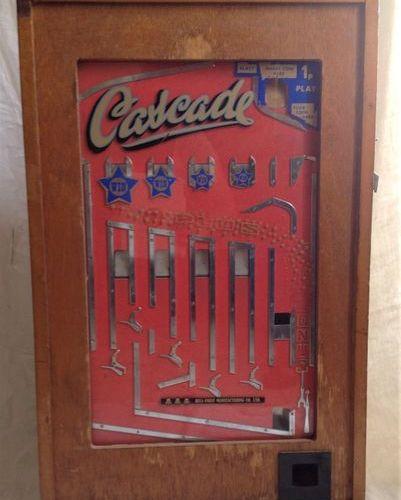 """Jeu de café, """"Cascade""""  Ancien jeu de café, """"Cascade"""". Fabrication """"Bell Fruit M…"""