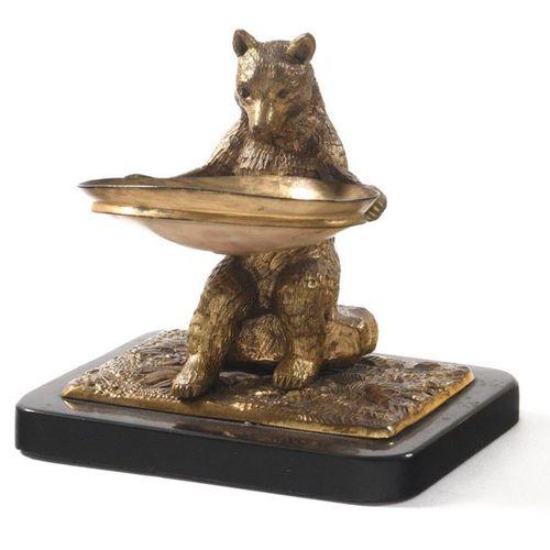 VIDE POCHE  Bronze doré, marbre, coquillage  12 ? 9,5 ? 11,5 cm., Russie, XIXe s…