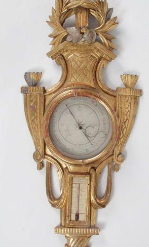 BAROMÈTRE THERMOMÈTRE d'époque Louis XVI en bois sculpté, ajouré, doré et argent…