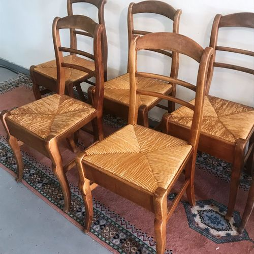 Continuation of six CHAIRS front foot hock  Some accidents  nineteenth century