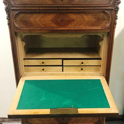 SECRETARY with Louis XV style flap in walnut veneer, marble top  It opens by 6 d…