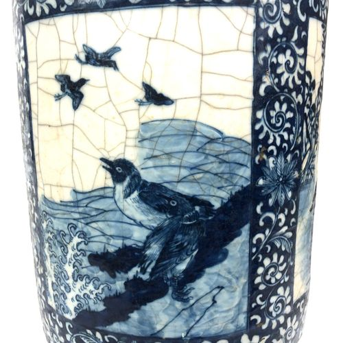 CHINA Large baluster vase in cracked porcelain decorated in blue under cover of …