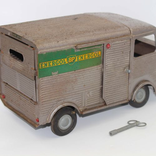 JRD TUBE HY CITROËN JRD钣金玩具,1200公斤的雪铁龙管HY型货车,以BP Energol石油公司的颜色进行装饰。机械式发动机及其原配钥匙…