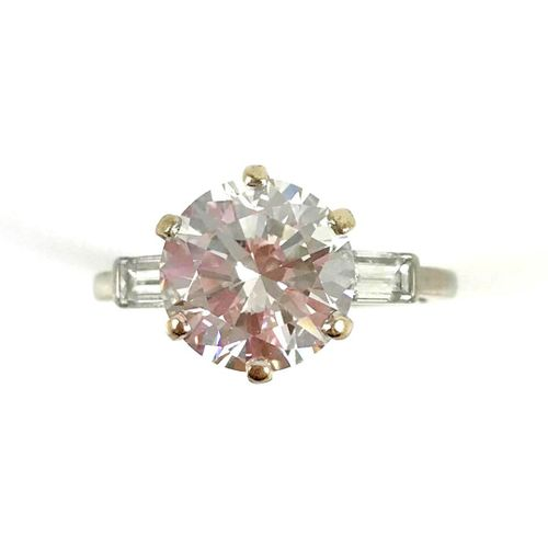 SOLITARY RING set with a brilliant cut diamond of 2.94 carats. Mounted in 18K wh…