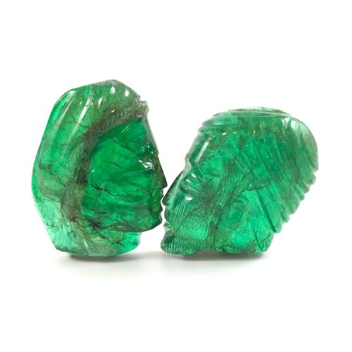RARE EMERALDS presenting the profiles of a man and a woman. Woman's head size : …