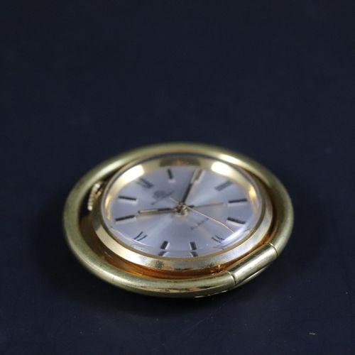 BUCHERER Pendulette de voyage Réveil, vers 1960 Pendulette réveil de voyage ou …