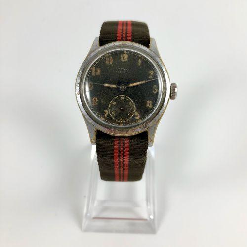 TEVO Precision Vers 1950. Montre bracelet en acier, boitier rond, cadran guilt s…