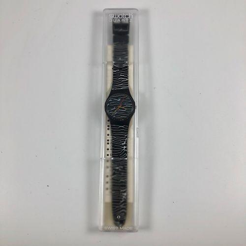 """特警队 约1987年。 编号:GB119。 手表型号 """"Marmorata""""。 石英机芯。 崭新的状态,原盒。 直径:34毫米。 为了更好地保存,购买时将电池取…"""