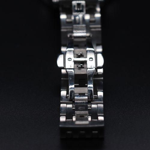 BULOVA 63A126 Circa 2010. Réf : 99095109/C8601061/B4 Montre en acier inoxydable …