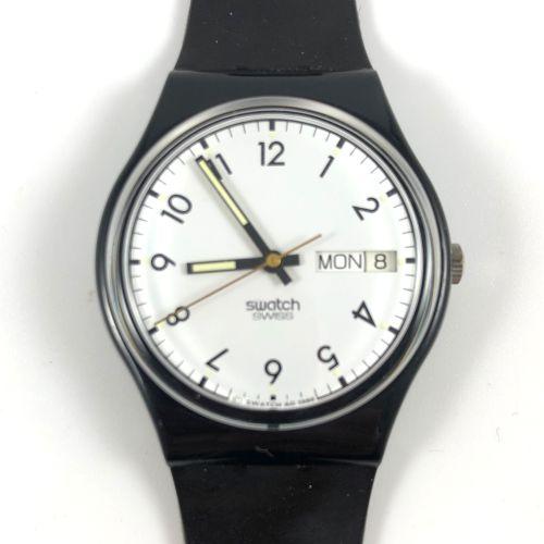 """SWATCH Vers 1990. Réf: GN402. Montre bracelet modèle """"Black Line"""". Mouvement qua…"""
