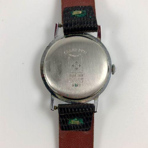 尔特鲁斯  Ref 9521  男士机械表,手动上链,精钢表壳。背面有大奖赛的题词。  状况非常好,没有维修过。  直径:33毫米。  长度:22厘米。