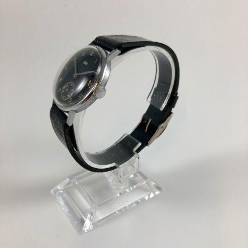 ARSA Vers 1950. Réf: 53XXX.. Montre bracelet en acier, boitier rond, cadran noir…