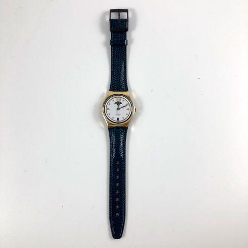 """特警队 约1990年。 编号:GX709。 C.E.O. Swatch Lune """"腕表。 石英机芯。 崭新的状态,原盒。 直径:34毫米。 为了更好地保存,购…"""
