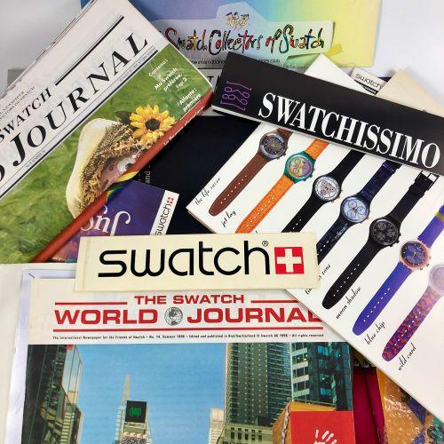 与斯沃琪品牌有关的广告套件、文件、袋子、别针