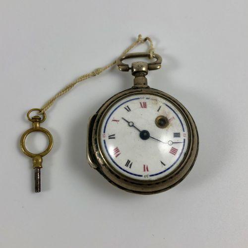 Montre de gousset coq avec sa clef  XVIII/XIXe siècle  Boite en argent, mouvemen…