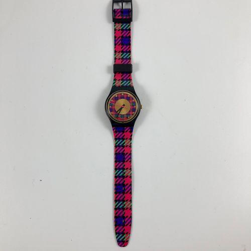 """特警队 约1990年。 编号:GB147。 花呢 """"型号的腕表。 石英机芯。 崭新的状态,原盒。 直径:34毫米。 为了更好地保存,购买时将电池取出,不包括在内…"""