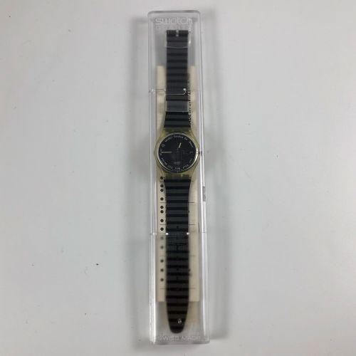 """SWATCH Vers 1990. Réf: GK703. Montre bracelet modèle """"Gutenberg"""". Mouvement quar…"""