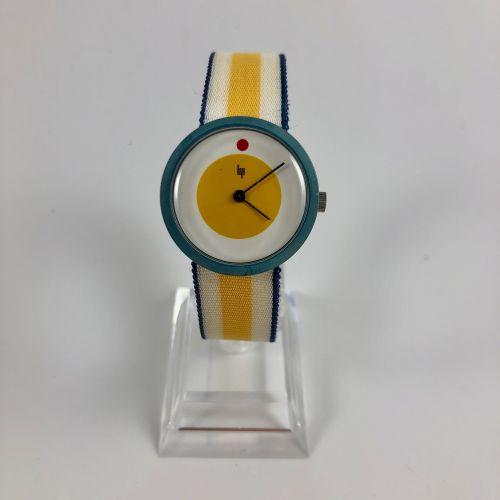 LIP Michel Boyer Vers 1976. Réf: 306XXX. Montre bracelet en plastique, boitier r…