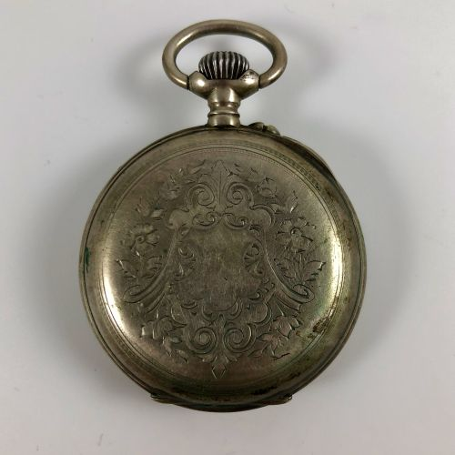 Marchal a Montmedy  银色怀表  约1900年  银色表壳,手动上链装置,白色珐琅表盘,锚处有罗马数字刻度。  似乎是有效的,但不保证。  直…