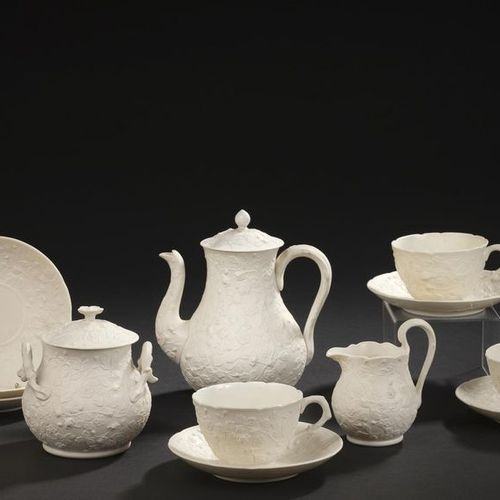CREIL AND MONTEREAU. Part of tea service in fine earthenware decorated with stra…