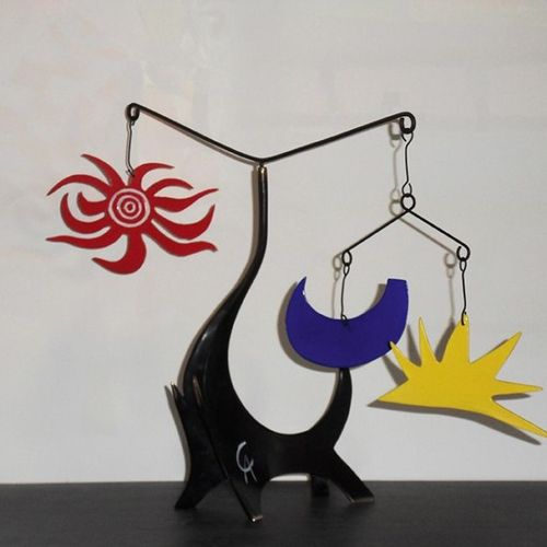CALDER (D'APRÈS) Black Elephant Mobile en bronze à patine noire partiellement la…