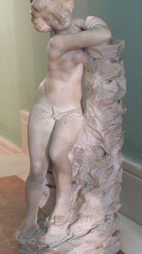 FRENCH SCHOOL C. 1910. Sculpture in alabaster representing a young naked woman. …