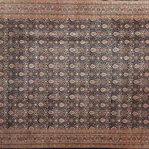 Tapis persan BIDJAR, en laine, noué à la main avec des noeuds très fins (densité…