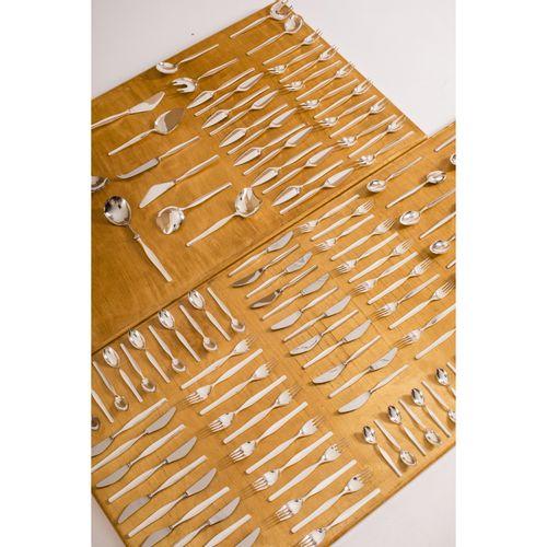 Tapio Wirkkala (1915 1985)  Tapio  Ménagère de 185 pièces  Argent 830° et acier …