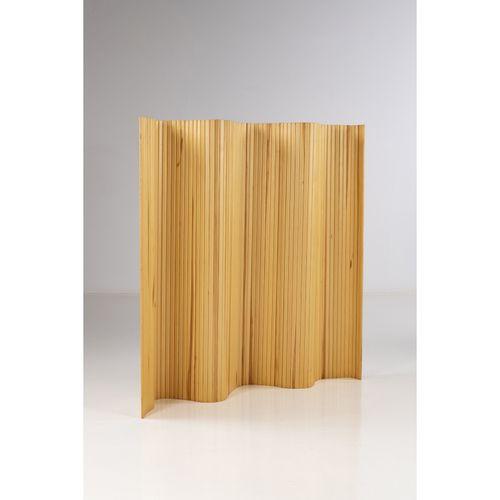 Alvar Aalto (1898 1976)  Modèle n°100  Paravent  Pin  Modèle créé dans les année…