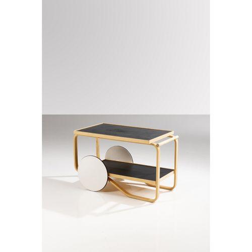 Alvar Aalto (1898 1976)  Modèle n°901  Desserte  Bouleau thermoformé  Édition Hu…