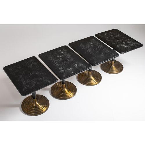 Ilmari Tapiovaara (1914 1999)  Suite de quatre tables  Bois peint et laiton  Mod…