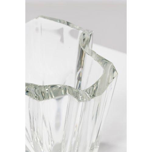 Tapio Wirkkala (1915 1985)  Modèle n°3825 dit 'Iceberg'  Vase  Cristal  Édition …