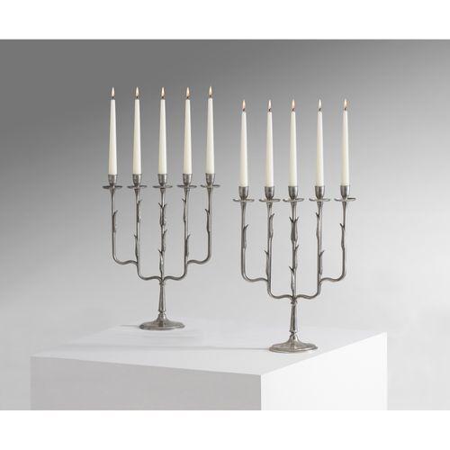 Paavo Tynell (1890 1973)  Paire de chandeliers  Laiton recouvert d'étain  Éditio…