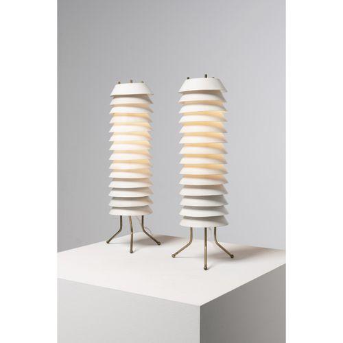 Ilmari Tapiovaara (1914 1999)  Maija the Bee  Paire de lampes de table  Aluminiu…