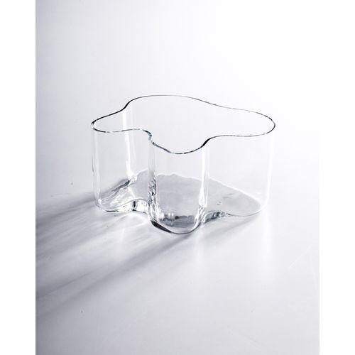 Alvar Aalto (1898 1976)  Eskimoerindens  Vase  Verre soufflé à la main dans un m…
