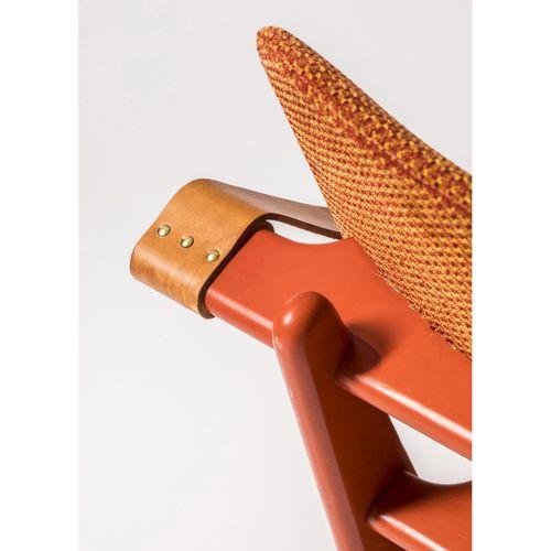 Olof Ottelin (1917 1971)  Modèle n°174  Paire de fauteuils  Bouleau laqué, cuir …
