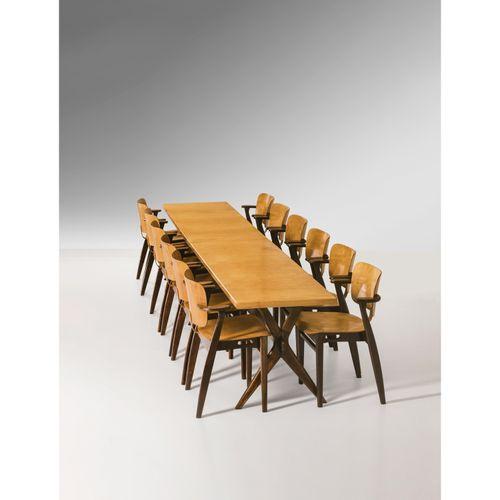 Ilmari Tapiovaara (1914 1999)  'X legs' et 'Domus'  Ensemble d'une table et de d…