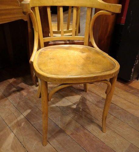 Factory made office armchair, circa 1940  H. 79, w. 45, pr 45 cm