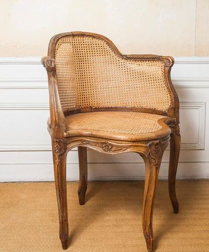 Office armchair in natural wood, arched legs, carved with flowers  Louis XV peri…