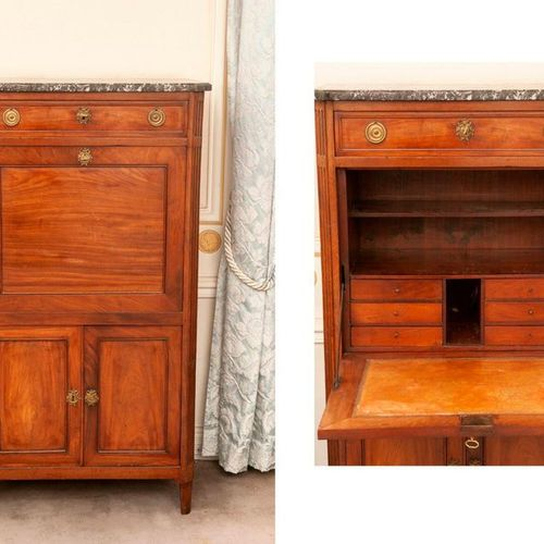 Mahogany veneered secretary, opening with one flap, one drawer and two leaves, c…