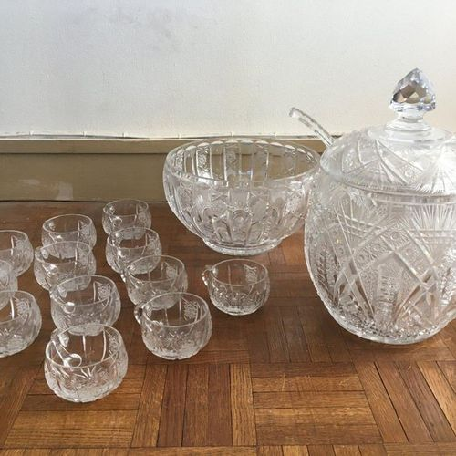 Cut crystal punch set with its twelve glasses, a salad bowl is attached (small a…