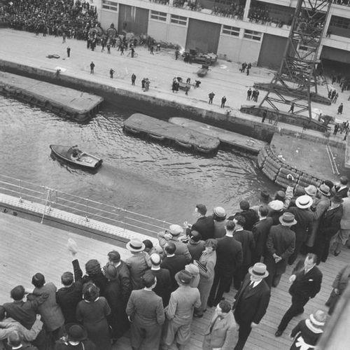 Roger SCHALL (1904 1995) Le départ, Le Havre, 29 mai 1935.  Photographie, tirage…