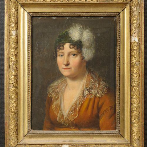 Ecole FRANCAISE vers 1815  Portrait de femme au col en gaze, turban vert et plum…